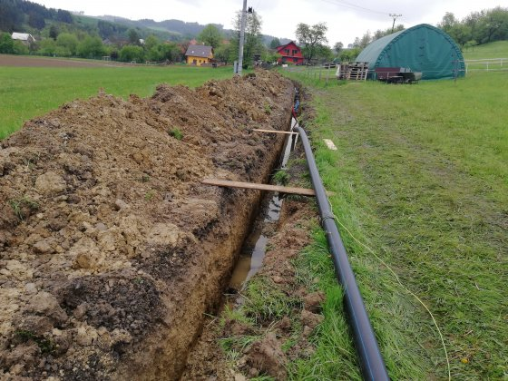 Rozšíření vodovodní sítě a opravy cest
