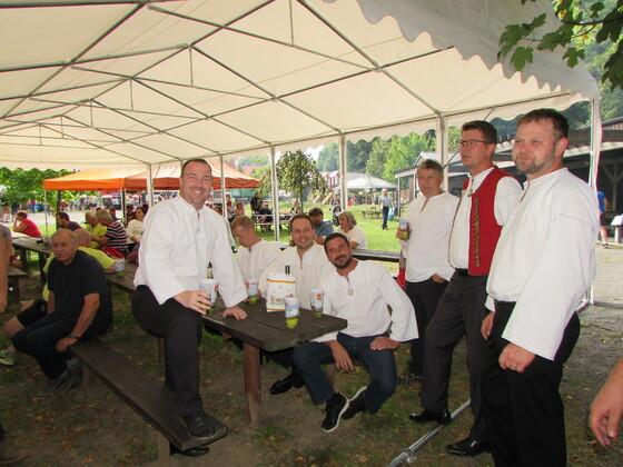 Kosáci na jubilejní akci Českého včelařského svazu