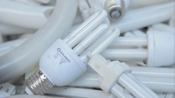 Proč se recyklují nefunkční úsporné zářivky a jiná elektrozařízení?